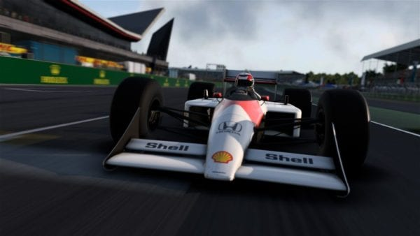 F1 2017 Game features classic McLaren F1 cars